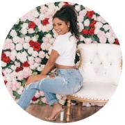 Candice_Headshote_Flowers_medium