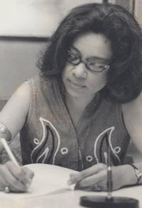 NADINE MAGLOIRE 09 - LE MYTHE TRANSGRESSÉ en 1975