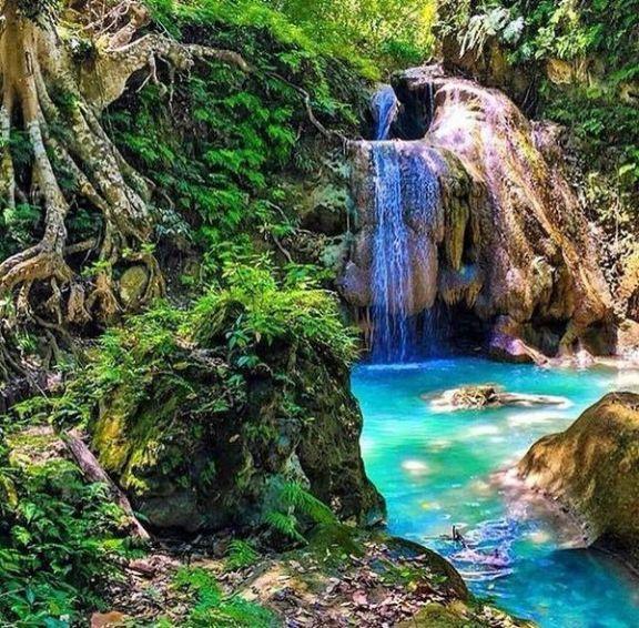 24-29 Touyac Waterfall, Port Salut_01